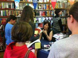 Sophie McKenzie with her fans